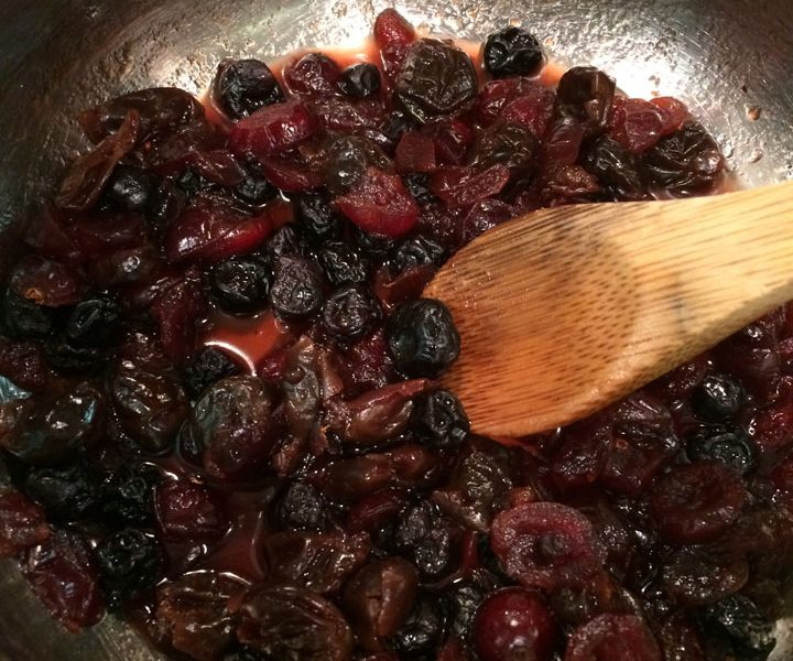 Poached Dried Berries - Pan